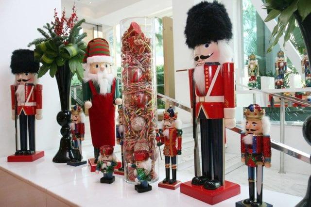 Christmas candy jar at the Shangri-la singapore restaurant, the line