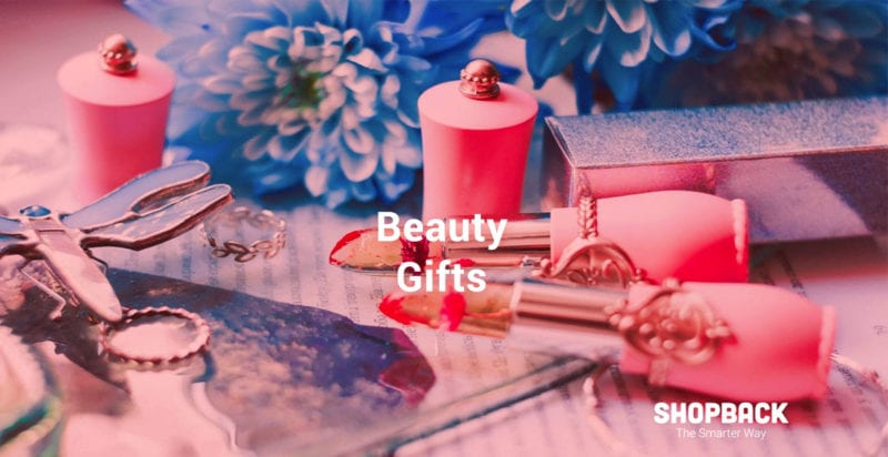 lipstick as beauty gift for christmas