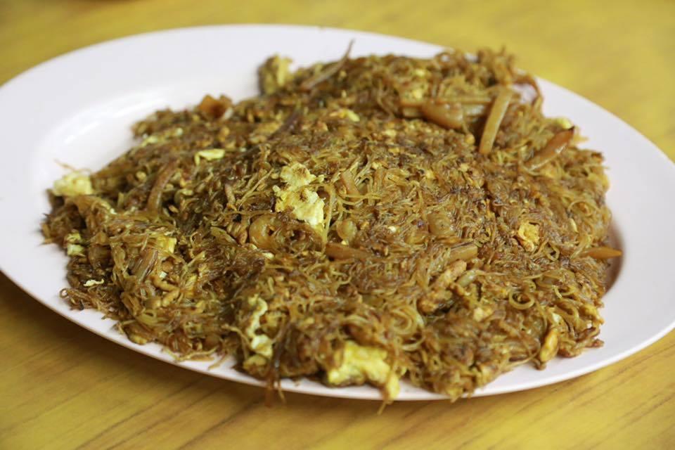fried beehoon with soya sauce