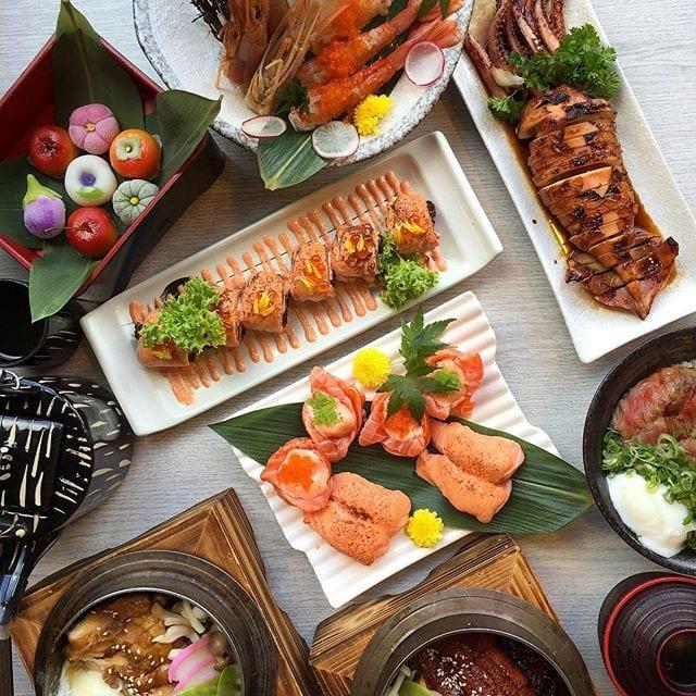 Japanese food flatly