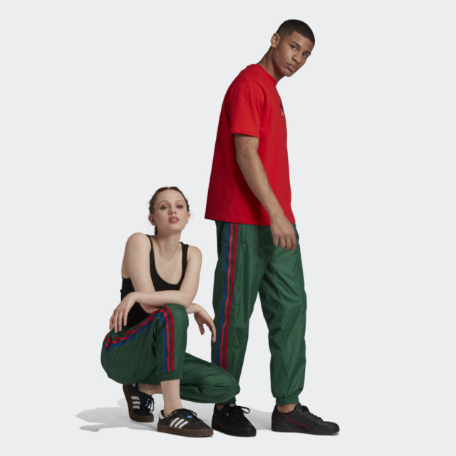 3d trefoil 3-stripes track pants in dark green breathable fabric