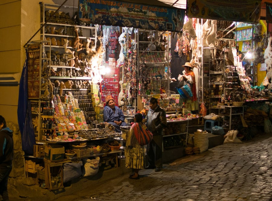 ตลาดนัดแม่มด โบลิเวีย