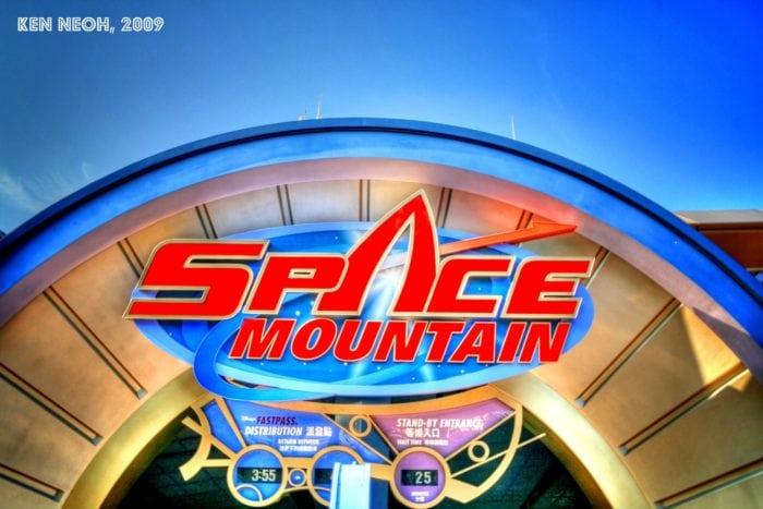 ดิสนีย์แลนด์ฮ่องกง Space Mountain