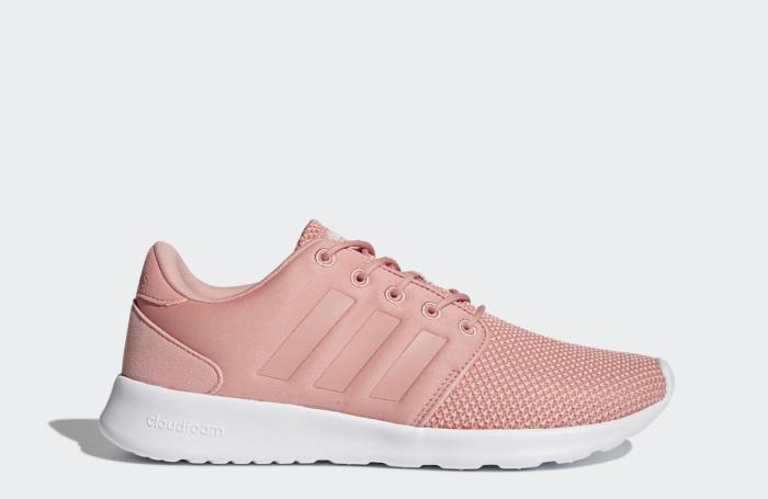 เทรนด์รองเท้าผู้หญิง 2018 Adidas รองเท้าผ้าใบผู้หญิงยี่ห้อไหนดี รองเท้าผ้าใบสวยๆ เทรนด์แฟชั่น ปี 2018 เทรนด์รองเท้าผู้หญิง 2018