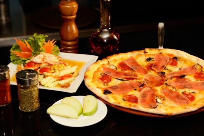 พิซซ่าเตาถ่าน Mariapizzeria