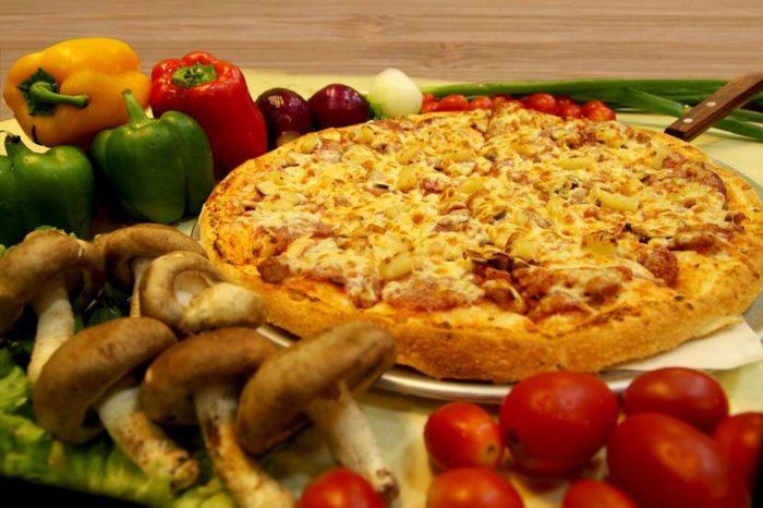 พิซซ่าเตาถ่าน Pizza Pazza