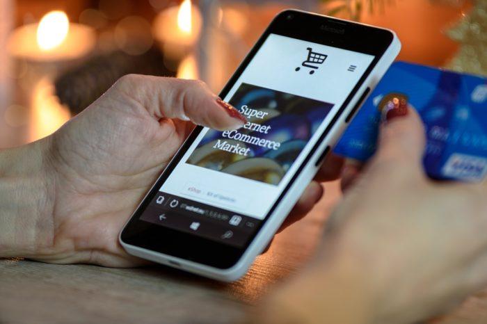 บัตรเครดิตเงินคืน ช้อปสินค้าและบริการ