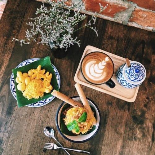 ร้านขนมไทยอร่อย ร้านอร่อยอยุธยา ขนมไทยโบราณ ร้านขนมไทยอร่อยๆ ขนมไทยมงคล ขนมไทยชาววัง ร้านขายขนมไทย ร้านขนมไทยอยุธยา ร้านขนมอร่อย ร้านขายขนมหวาน ร้านเบเกอรี่อยุธยา ขนมไทยแห้ง ร้านอร่อยในอยุธยา