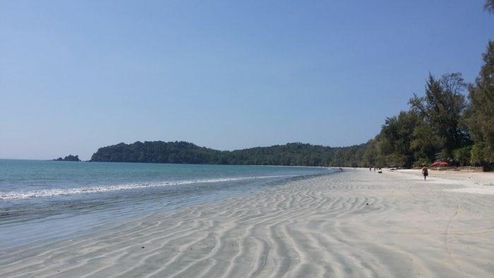 ทะเลที่สวยที่สุดในประเทศไทย เกาะพยาม