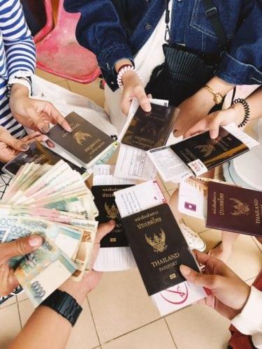 เที่ยววังเวียงลาว เตรียมเอกสารเดินทาง