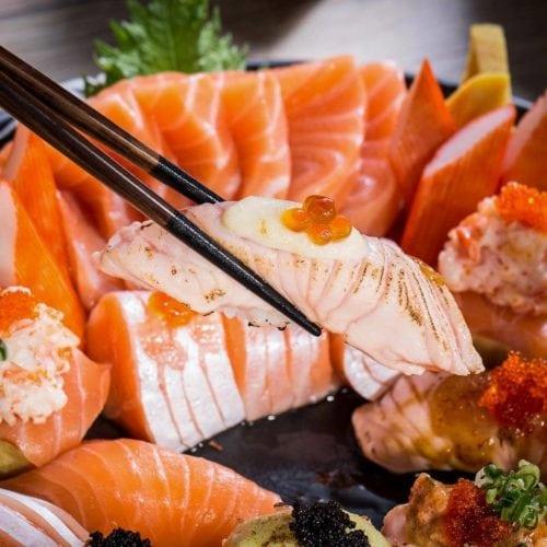 บุฟเฟ่ต์แซลมอน Kouen Sushi Bar