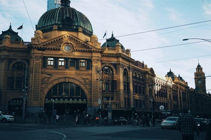 เที่ยวออสเตรเลียด้วยตัวเอง Flinder Street Railway Station