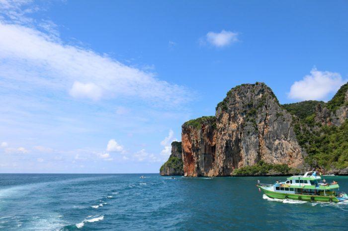 สถานที่ท่องเที่ยวกระบี่ เที่ยวทะเล ดำน้ำ
