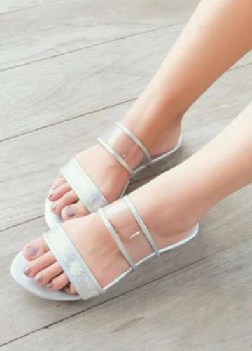 รองเท้าแฟชั่นราคาถูก Zilingo รองเท้าแฟชั่น รองเท้าราคาถูก รองเท้าแฟชั่นราคาถูก รองเท้าแฟชั่นผู้หญิง