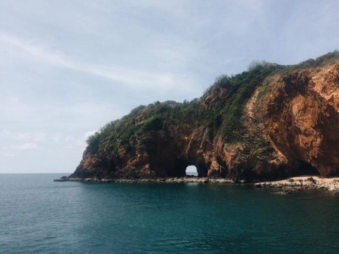เกาะทะลุ ประจวบคีรีขันธ์