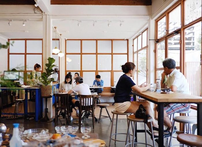 ร้านกาแฟเก๋ๆ Blue Dye Cafe