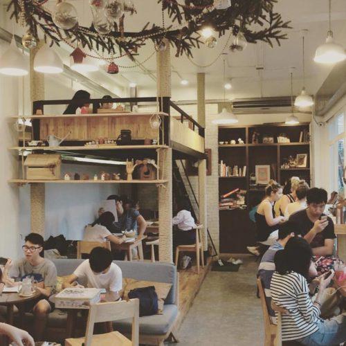 ร้านกาแฟเก๋ๆ Hobbyist Cafe