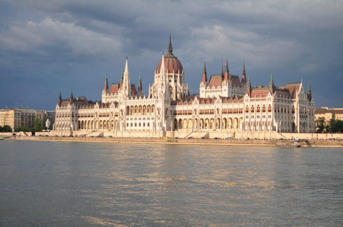 เที่ยวบูดาเปสต์ Hungarian Parliament Building 2