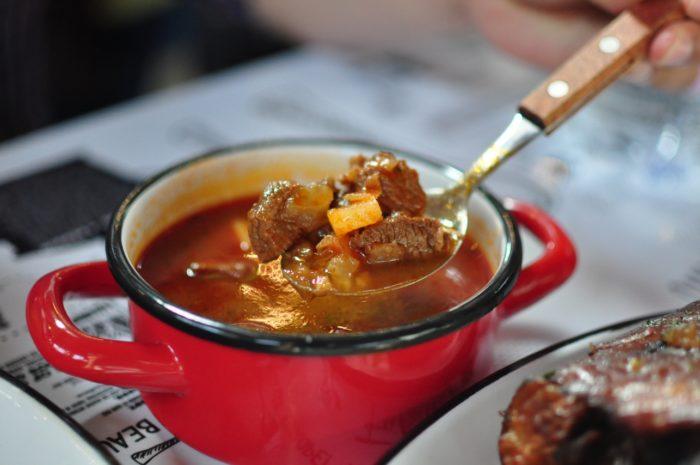 เที่ยวบูดาเปสต์ Goulash Soup