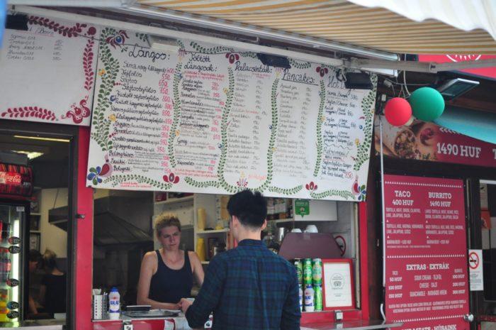 เที่ยวบูดาเปสต์ ร้านขาย Lángos ใน TripAdvisor