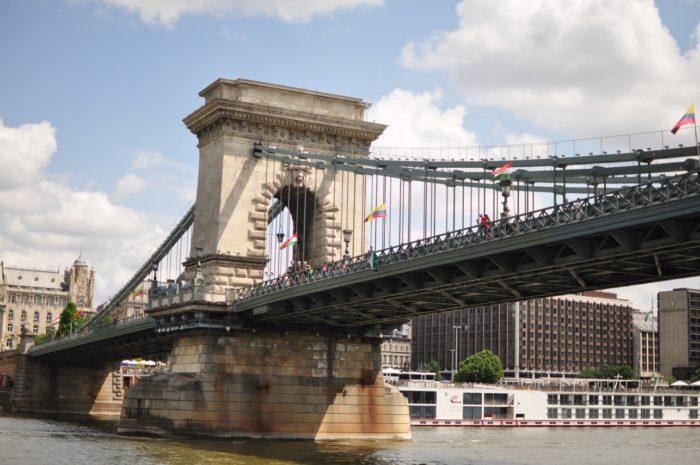 เที่ยวบูดาเปสต์ Chain Bridge 2