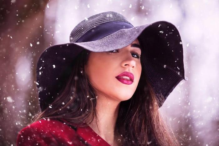 ลิปสติกยี่ห้อไหนใช้ดี แต่งหน้าในฤดูหนาว ลิปสติกยี่ห้อไหนใช้ดี ลิปสติก สีลิปสติก รีวิวลิปสติก
