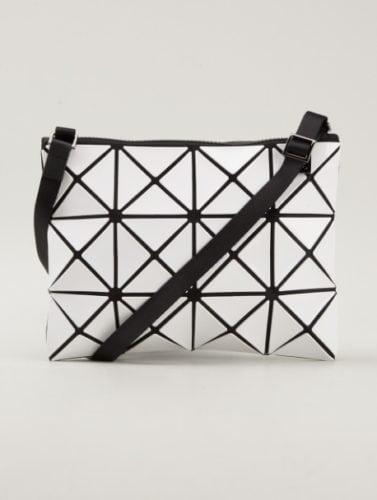 กระเป๋าแบรนด์ญี่ปุ่น Bao Bao Issey Miyake 1 กระเป๋าแบรนด์ญี่ปุ่น กระเป๋าสะพายข้าง กระเป๋าสะพายข้างแบรนด์ กระเป๋านักเรียนญี่ปุ่น กระเป๋าญี่ปุ่น กระเป๋าแบรนด์ญี่ปุ่น ญี่ปุ่นกระเป๋าแบรนด์ ญี่ปุ่นซื้ออะไรดี กระเป๋า กระเป๋าแบรนด์ญี่ปุ่นมีอะไรบ้าง ของฝากจากญี่ปุ่น กระเป๋า กระเป๋าของญี่ปุ่น