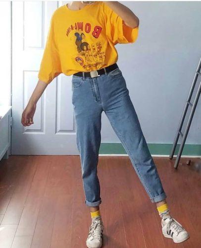 ชุดยุค 90 เสื้อผ้าแฟชั่นผู้หญิง เสื้อผ้าผู้หญิง แฟชั่นยุค 90 แต่งตัวยุค 90 แต่งตัววินเทจ เสื้อผ้ายุค 90 การแต่งกายยุค 90 ยุค 90 แต่งตัว