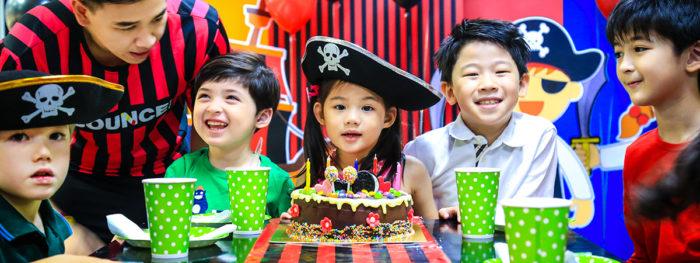 ร้านอาหารวันเกิด BOUNCE Thailand