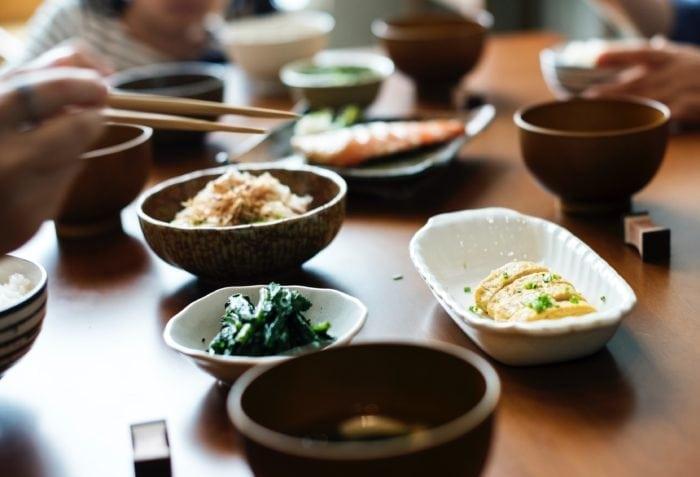 สุขภาพดีสร้างได้ รับประทานอาหารที่มีประโยชน์ต่อร่างกาย
