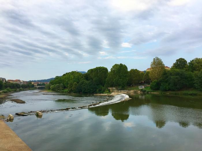 เที่ยวมิลาน แม่น้ำ Po