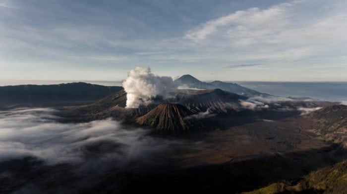 ภูเขาไฟอินโดนีเซีย ภูเขาไฟโบรโม่ (Gunung Bromo)