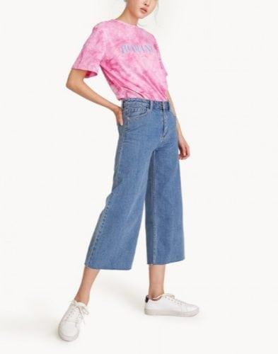 เสื้อยืด กางเกงยีนส์ รองเท้าผ้าใบผู้หญิง ผ้ามัดย้อม