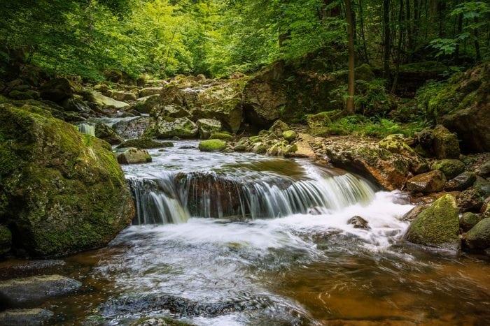 ที่เที่ยวธรรมชาติ น้ำตก แหล่งท่องเที่ยว เที่ยวธรรมชาติ สถานที่ปฎิบัติธรรม ที่เที่ยวธรรมชาติ