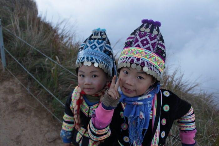 รีวิวเที่ยวเชียงราย เด็กแก้มแดงที่ภูชี้ฟ้า