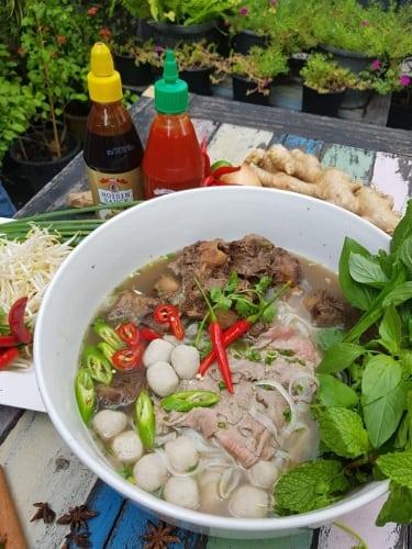 เวียดนาม อาหาร BTS สถานีศาลาแดง