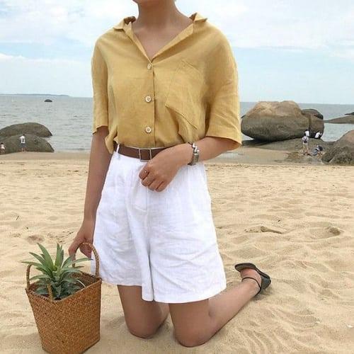 แบบเสื้อทำงานผู้หญิง กางเกงขาสั้นสีขาว