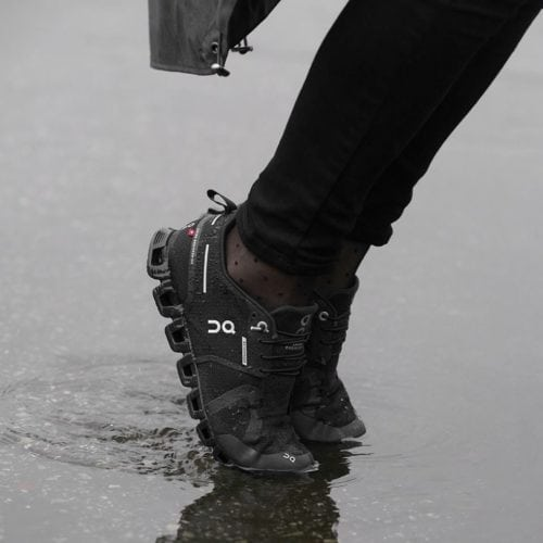 รองเท้าวิ่งแนะนำ On Running Cloud Waterproof