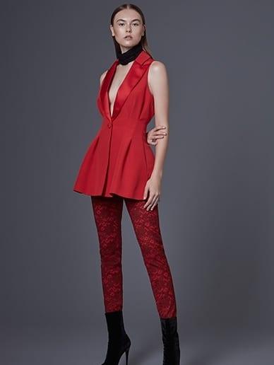 เสื้อผ้าแบรนด์ไทย เสื้อผ้าแฟชั่นผู้หญิง แพร วทานิกา แพร vatanika This is me Vatanika ลุควทานิกา ลุค Vatanika