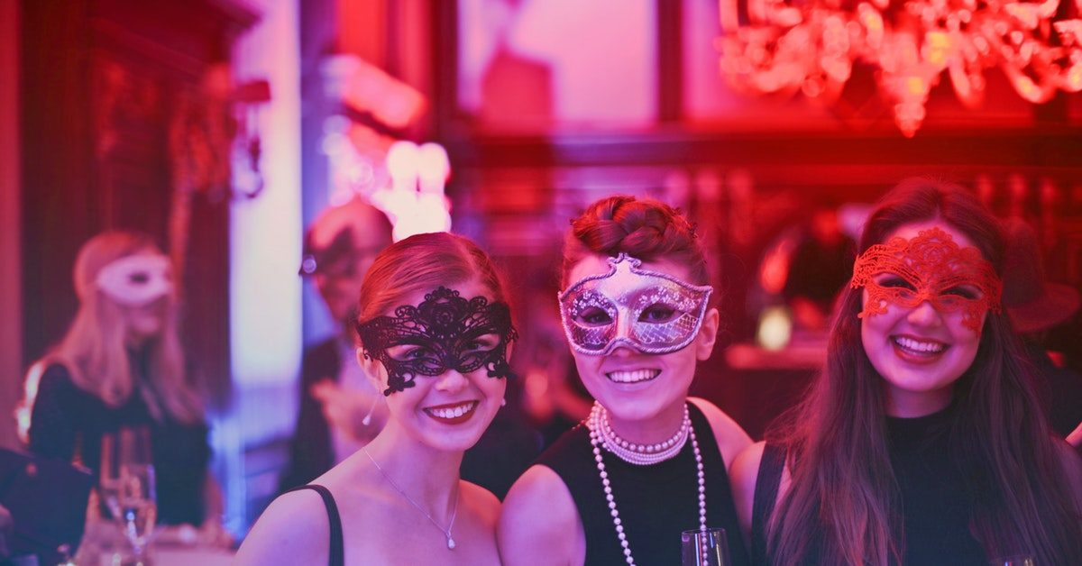 5 สไตล์ ชุดฮาโลวีน เด่นสุดในปาร์ตี้ งานผีที่คนได้แจ้งเกิด!