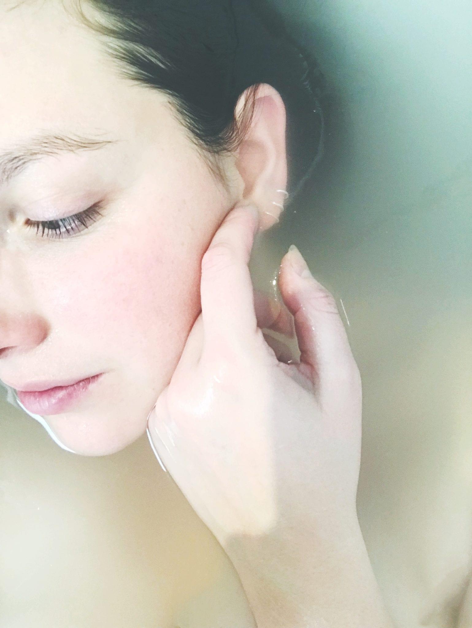 ผิวแห้ง ครีมบำรุง ผิวหน้า สกินแคร์ ครีมทาผิว laneige water bank essence EX Cetaphil Gentle Skin Cleanser for all skin type Hatomugi Skin Conditioner lotion & gel Sulwhasoo First Care Activating Mask Careline Placenta Cream with Collagen & VE