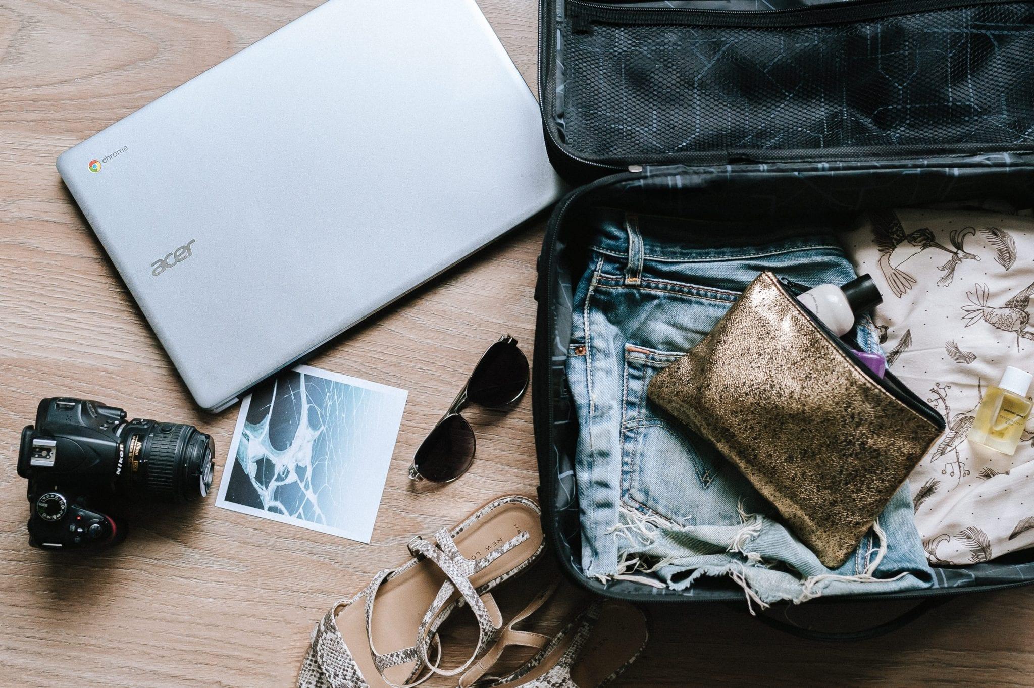 ช้อปปิ้งออนไลน์ ซื้อของออนไลน์ วิธีประหยัดเงิน ช้อปออนไลน์ วิธีจัดกระเป๋าเดินทาง จัดกระเป๋าเดินทางขึ้นเครื่องบินครั้งแรก ของเหลวขึ้นเครื่อง จัดกระเป๋าเดินทาง