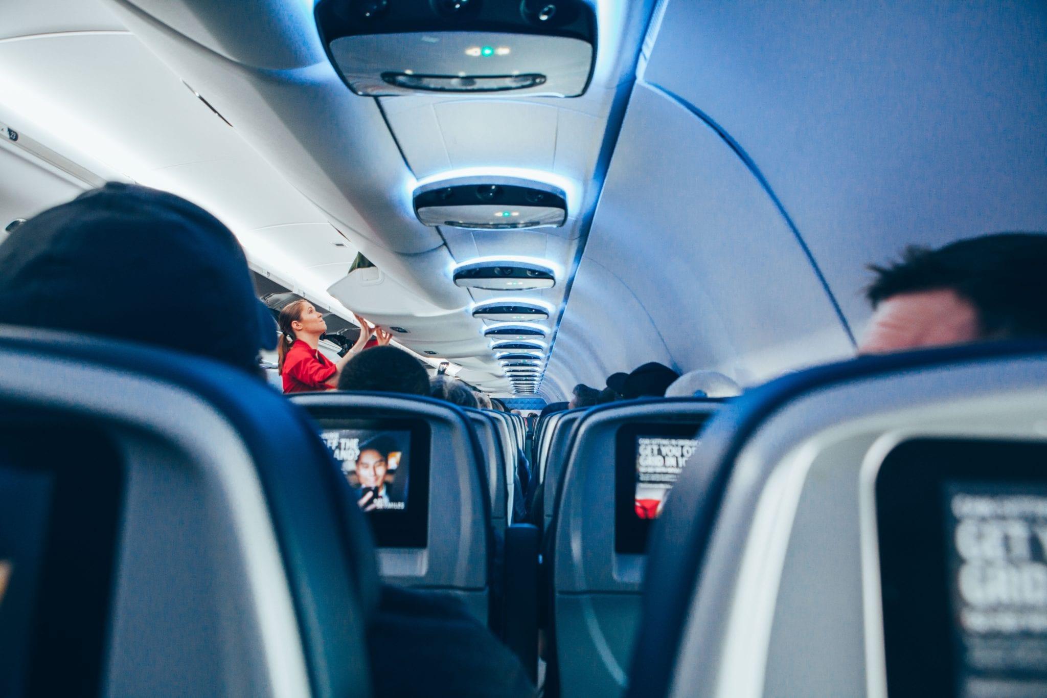 วิธีจัดกระเป๋าเดินทาง จัดกระเป๋าเดินทางขึ้นเครื่องบินครั้งแรก ของเหลวขึ้นเครื่อง จัดกระเป๋าเดินทาง