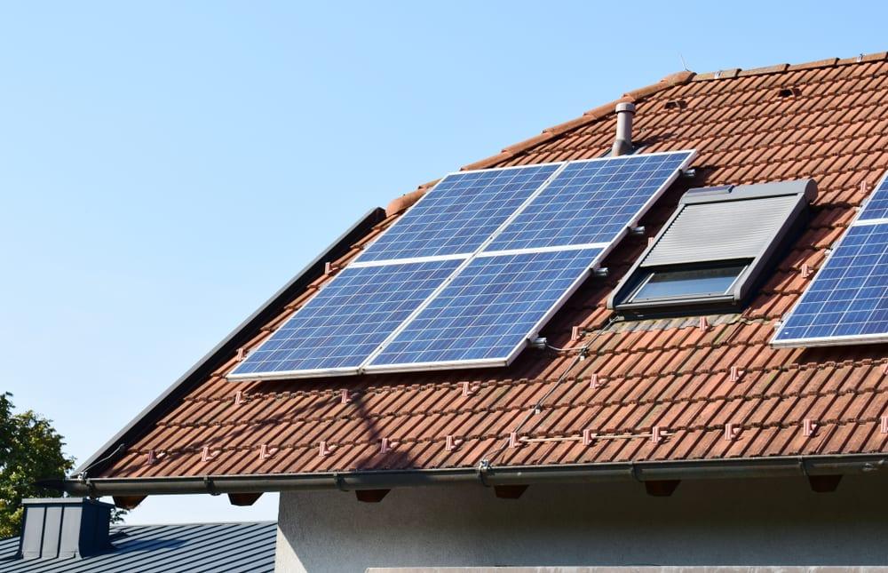 แสงอาทิตย์ เซลล์แสงอาทิตย์ พลังงานแสงอาทิตย์ การออกแบบและเทคโนโลยี