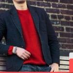 เสื้อเชิ้ตสีแดง เสื้อสีแดง ชุดแดง เสื้อแดง เสื้อยืดสีแดง
