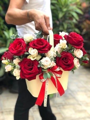 ช่อดอกไม้ ดอกไม้ วาเลนไทน์ กุหลาบ วาเลนไทน์ ของขวัญให้แฟน
