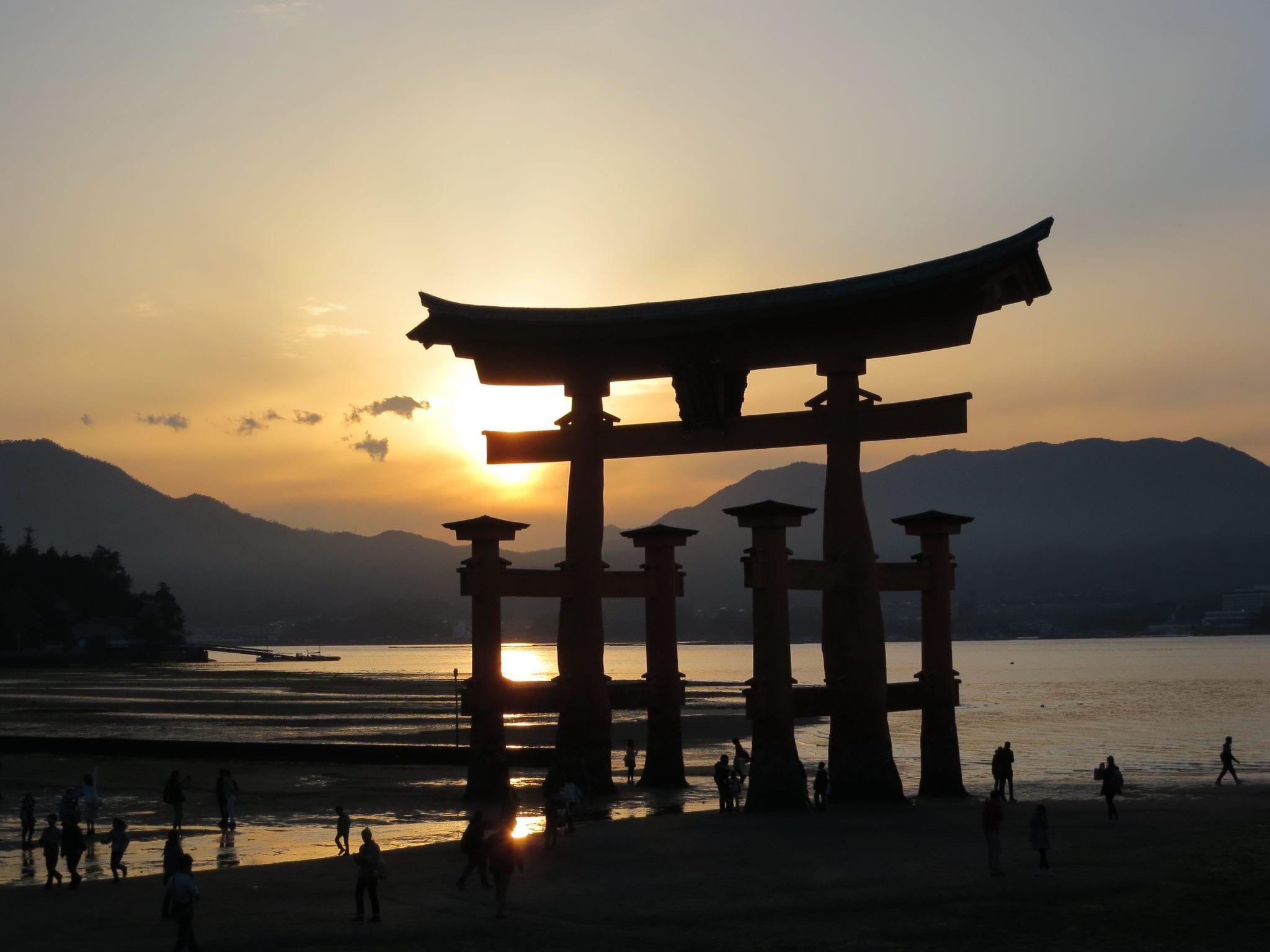 เที่ยวญี่ปุ่น ที่เที่ยวญี่ปุ่น ฮิโรชิมา miyajima