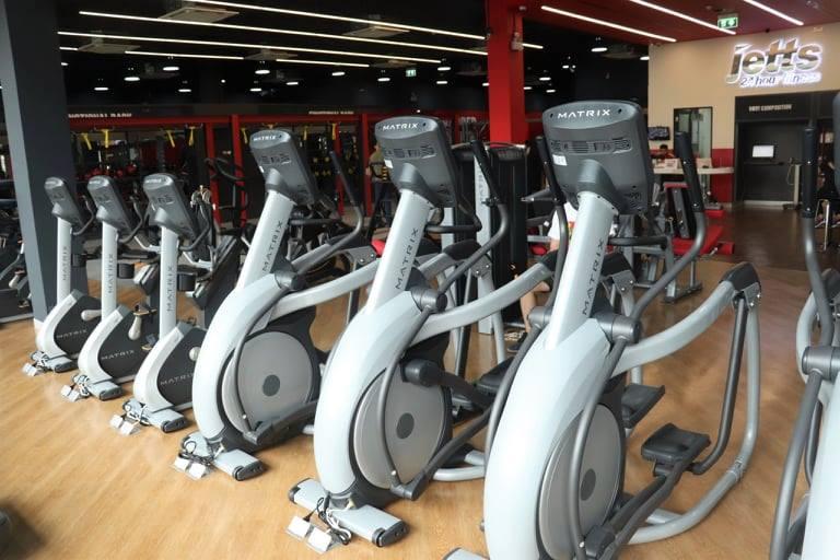 ออกกำลังกาย ที่ออกกำลังกาย ฟิตเนสในกรุงเทพ ฟิตเนส 24 ชั่วโมง