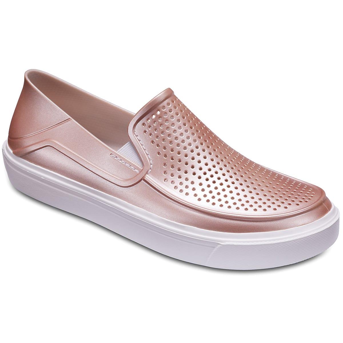 รองเท้าผู้หญิง รองเท้าหุ้มส้น รองเท้าหุ้มส้นผู้หญิง รองเท้าหุ้มส้นผู้หญิงใส่สบาย