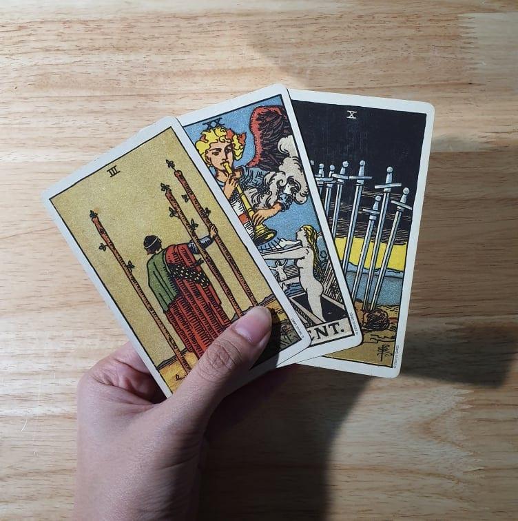 ดูดวงความรัก Pick a card ทายใจความรัก ทำนายรัก